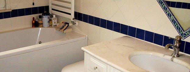 Bagni colonna enrico - Composizione piastrelle bagno ...